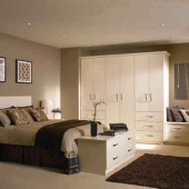 contemporary-fitted-beroom-wardrobes-highgloss-cream-ivory