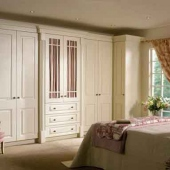 traditional-fitted-wardrobe-dresser-drawer-cabinet