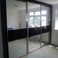 3-door-sliding-door-wardrobe
