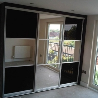 3-door-sliding-wardrobe-with-mirror