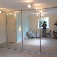 4-door-sliding-wardrobe-with-mirror