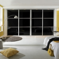 black-sliding-wardrobe
