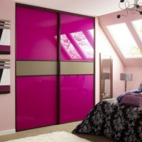 pink-sliding-door-wardrobe